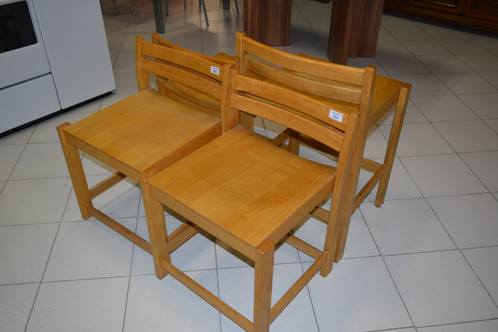 Sedie in legno (prezzo unitario)