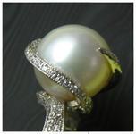 big pearl ring 002_edited_edited.jpg