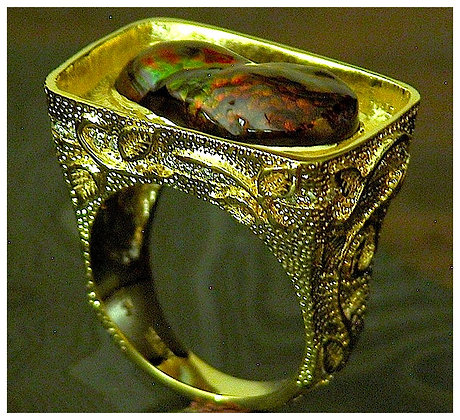 18k Gold-Fire Agate Ring