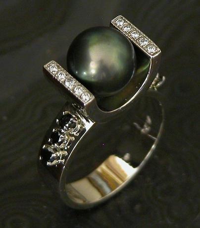 Blackpearl,black diamonds14k.JPG