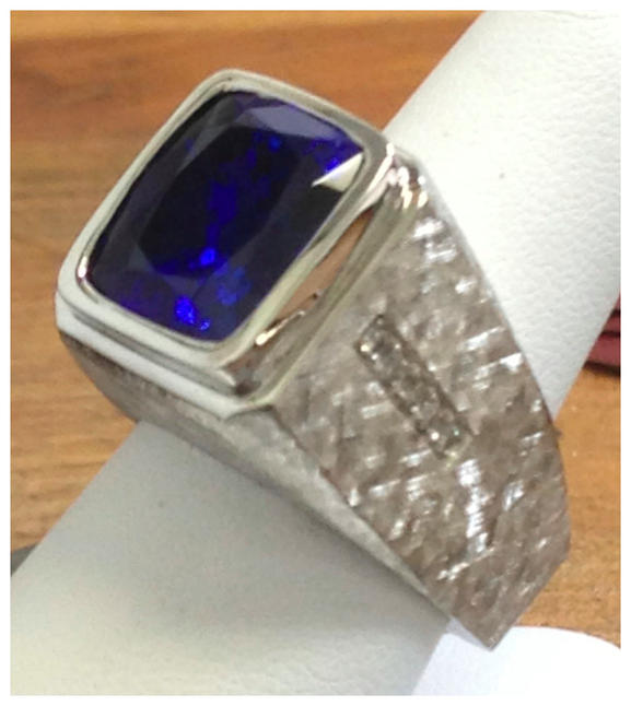32ct tazanite ring in 18K white_edited.j