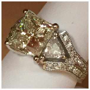 6 ct diamond w gold_edited.jpg