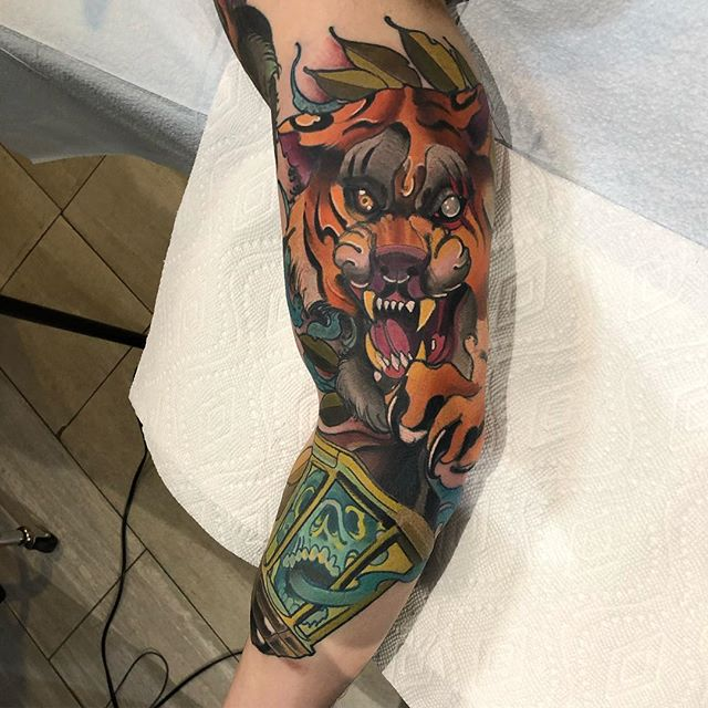 4203488fa8641 Tiger done by _grant_tattoos here at the