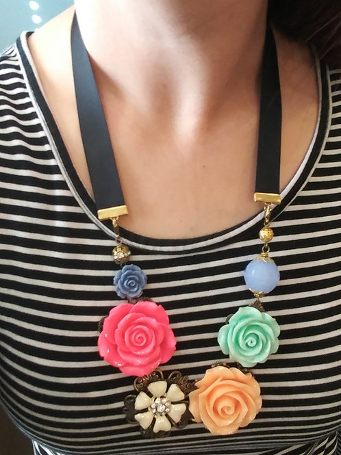 Bright Floral Necklace