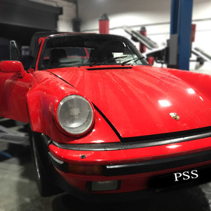 Porsche 911 3.2 Carerra