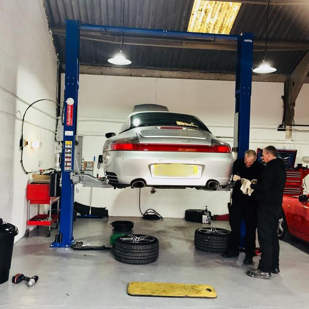 Porsche 996 Exhaust & Brakes