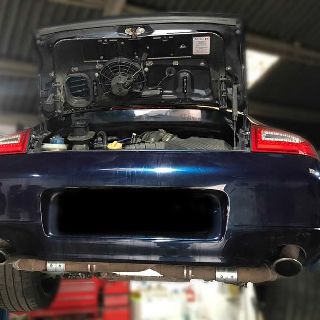 Porsche 996 service