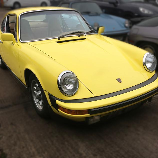 Porsche 911 1976