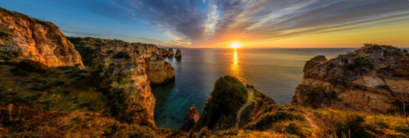 sunrise-at-ponta-da-piedade-portugal_l.j