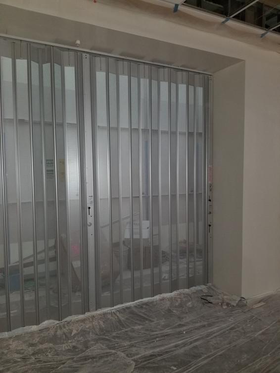 Metro Door Side-Folding Grille