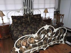 Rhett Butler King Size Bed