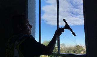 Orpington window cleaner