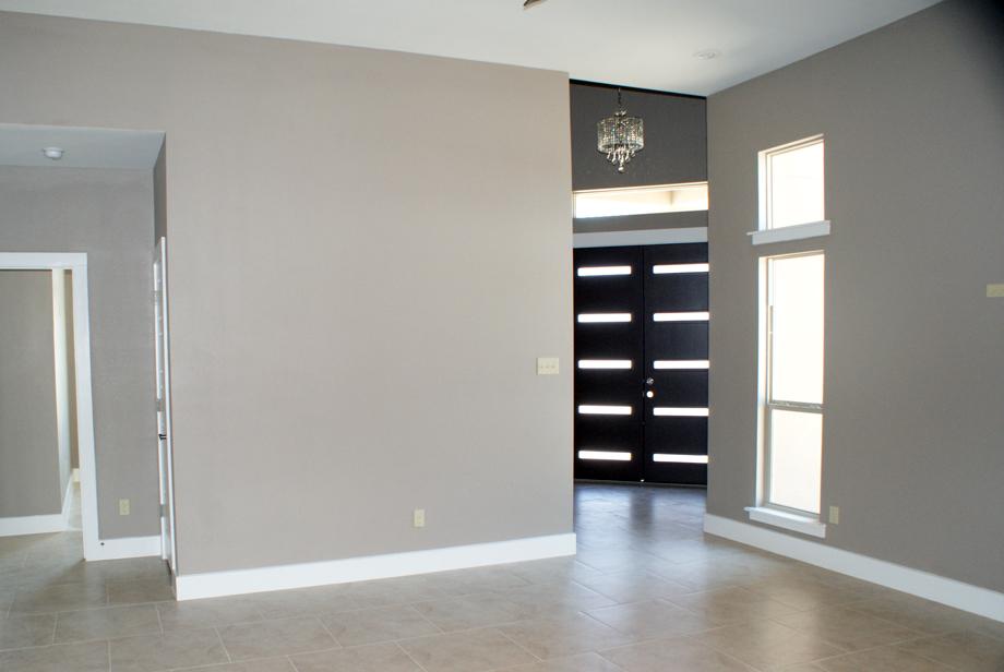 Living Area & Foyer