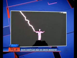 Chuva forte e raios em Macaé (RJ)