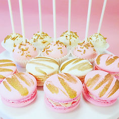 we heart cake company macaron cakepops