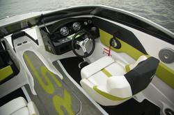 H180RS_cockpit