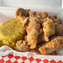 Mofongo con chicharron de pollo