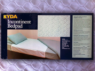 Kyda Incontinence Bedpad 90x100cm with tuck ins