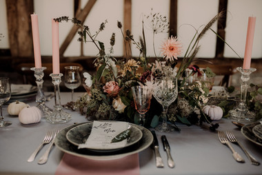 Romantic Autumn Barn Styled Shoot