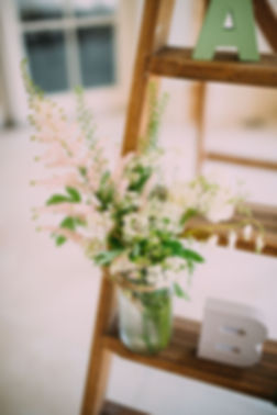 Wedding Flowers at Northbrook Park, Photo by Lawson Photography