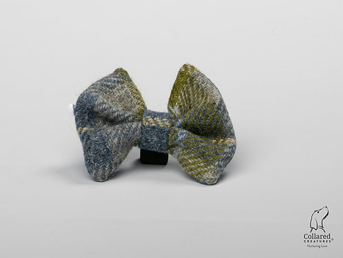 Collared Creatures Old Shawbost Tweed Luxury Dog Bow Tie