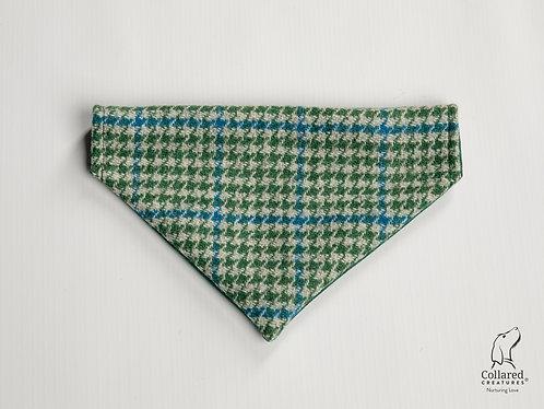 Collared Creatures Forest Green & Blue Houndstooth Luxury Harris Tweed Dog Banda