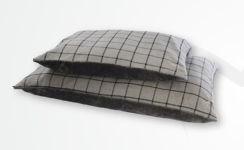 Gor Pets Camden Comfy Cushion - Grey Check