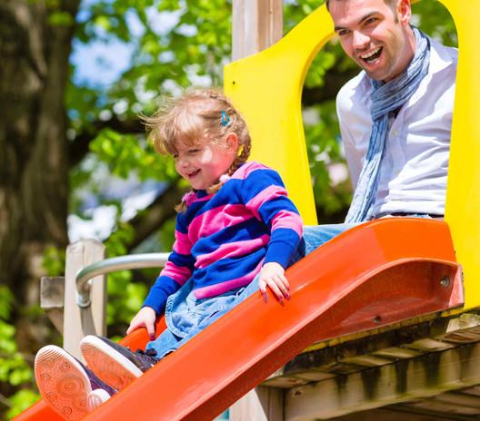 Hauseigener Kinderspielplatz für die ganze Familie