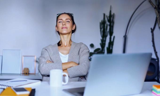 6 atitudes práticas para se acalmar nestes tempos tão polarizados