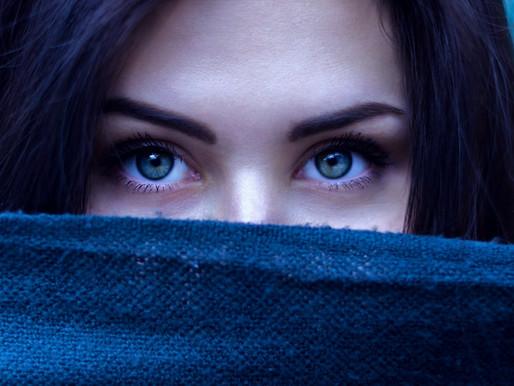 Timidez não é o mesmo que introversão, entenda melhor a diferença