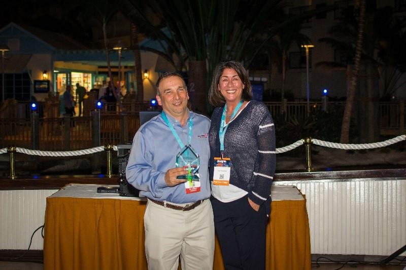 Tom Avezzano receiving the DIAMOND Award