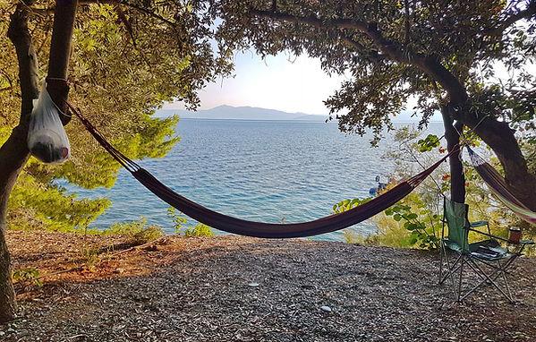 Podplahto: Kampiranje otok Evia, kamp Rovies