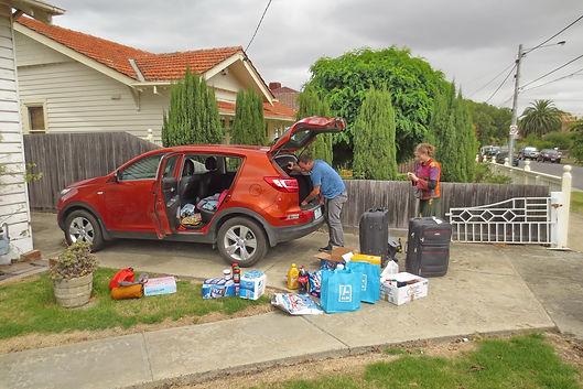 Pod plahto - zlaganje v avto