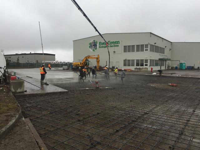 GFL - Concrete slab pour