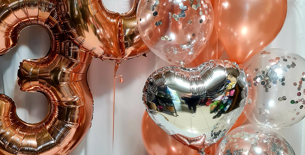 """2 number 34"""" foil numbers with weights + bunch of  10 latex & 3 foil.incl.helium"""