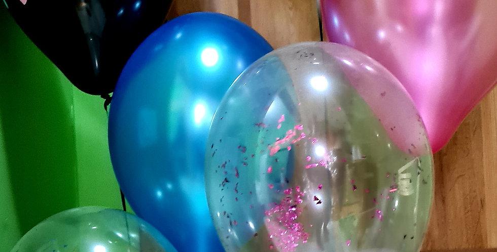 Bunch of 4 gender reveal balloons