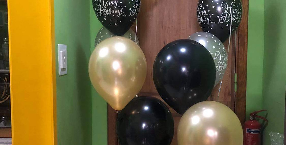 """4 bunches of 3 balloons 12"""" latex in each.helium included."""