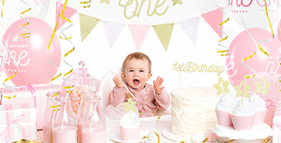 Ms ONEderful 1st party set  banner One (1 piece), paper garland (1 piece),