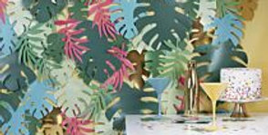 Decorate your next celebration with our tropical leaf party backdrop > This stu