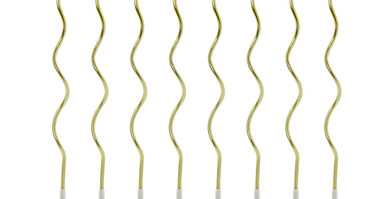 Birthday candles curl, in metallic gold colour, height approx. 14 cm. Set contai