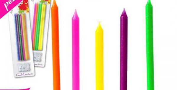 12 coloured Candles with base col. ass.