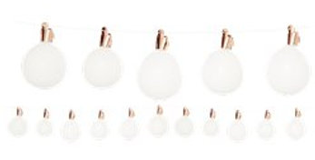 This quirky DIY light bulb balloon garland is suitable for all occasions. Hang i
