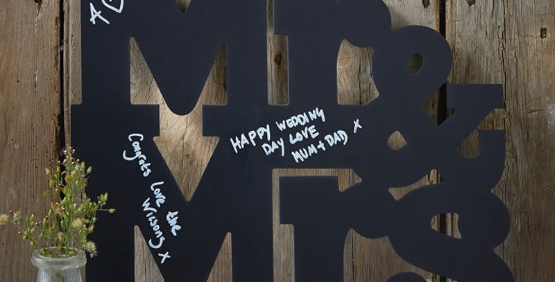 MR AND MRS CHALKBOARD WOODEN GUEST BOOK ALTERNATIVE - VINTAGE AFFAIR