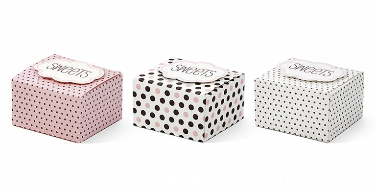 6 Boxes with a cloud Sweets,with a self-adhesive cloud, mix of designs,sizes 6x5