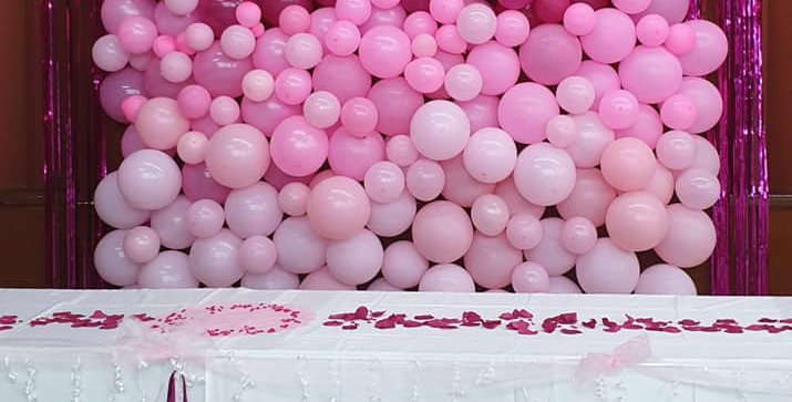 2m x 2m full balloon backdrop using over 200 balloons mixed sizes