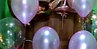 "2 foil numbers 34"" with 3 bunches of latex/ confetti balloons helium included"