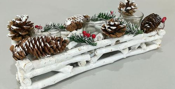Wooden christmas centrepiece with 2 candle holder bark and cones