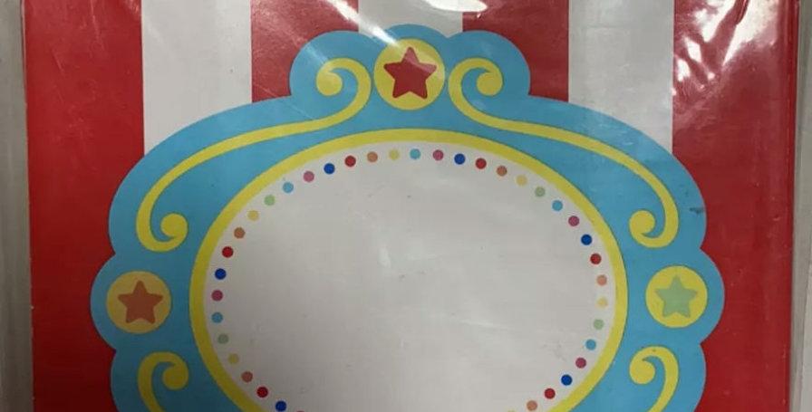 8 treat boxes Circus theme