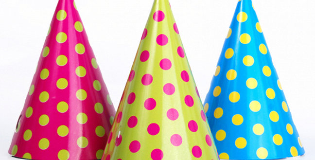 Paper hats Dots, pink, blue and green, height 16 centimeters, diameter 10 centim