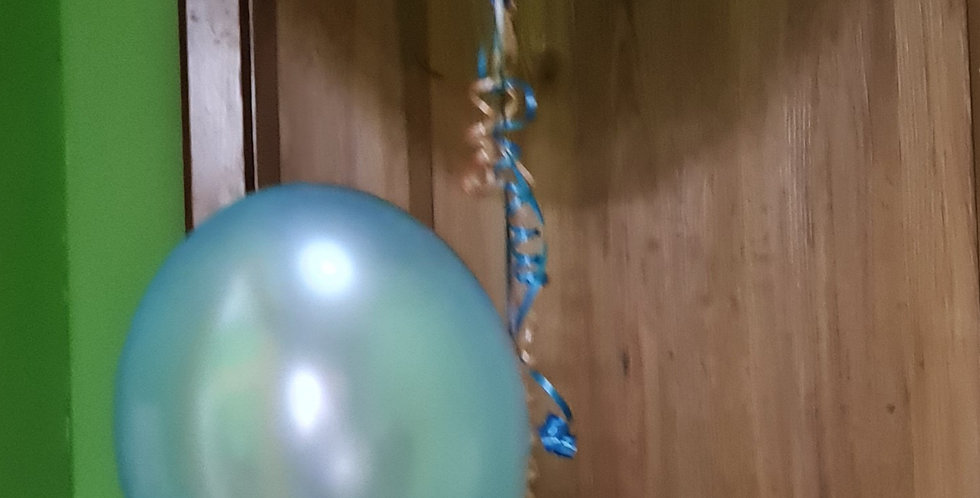 Giant Gender reveal balloon filled with confetti ,+3 latex helium filled balloon